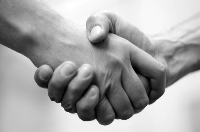 medical-scientists-look-ban-handshake-health-care-settings
