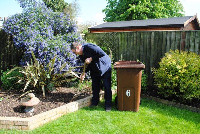 Garden-waste-customer